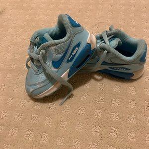 Frozen Nike Airmax